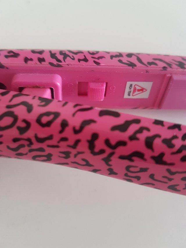 Image 2 of Pink Hair Straighteners Travel Sized