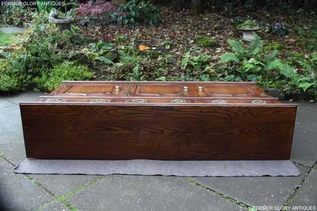 Image 9 of TITCHMARSH & GOODWIN STYLE OAK DRESSER BASE SIDEBOARD TABLE
