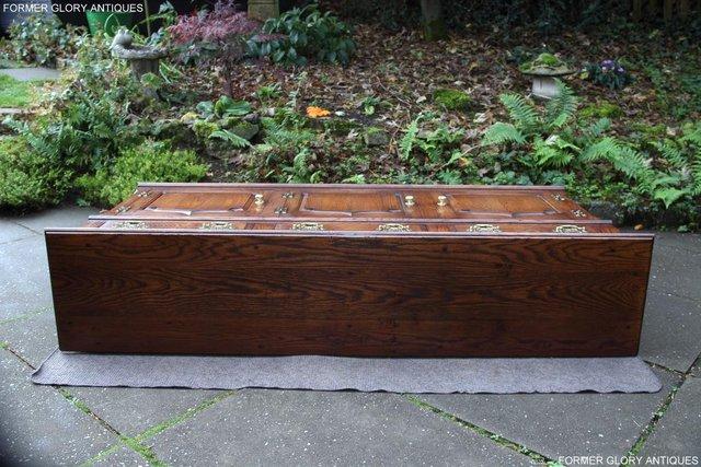 Image 57 of TITCHMARSH & GOODWIN STYLE OAK DRESSER BASE SIDEBOARD TABLE