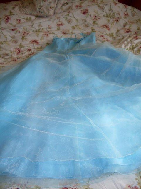 Image 2 of AQUA BLUE EVENING/BALL GOWN SIZE 14-16 ( NEW AND UNWORN )