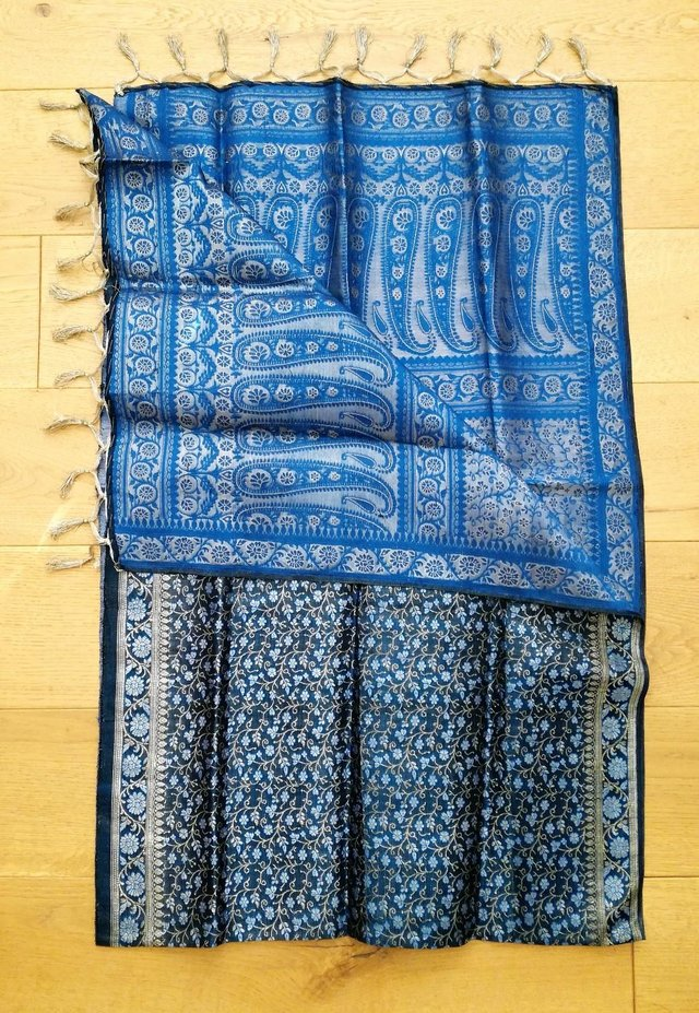 Image 3 of INDIAN Sari Fabric Turquoise Blue Silver Gold Wall Hanging