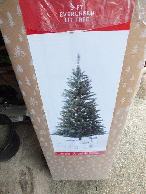 Pre Decorated Christmas Tree Local Classifieds Preloved
