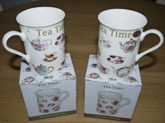 Image 2 of Leonardo Collection Fine China Teapot, 2 Mugs and Tray