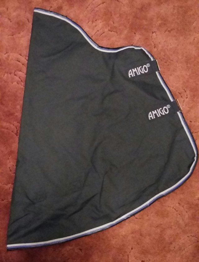 Preview of the first image of AMIGO BRAVO 1200 LITE NECK COVER FOR RUG SIZE 6'.