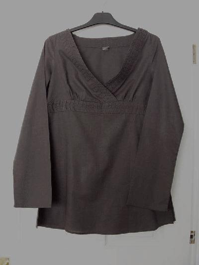 81b6aca38d7 beauty tunics - Second Hand Women's Clothing, Buy and Sell   Preloved