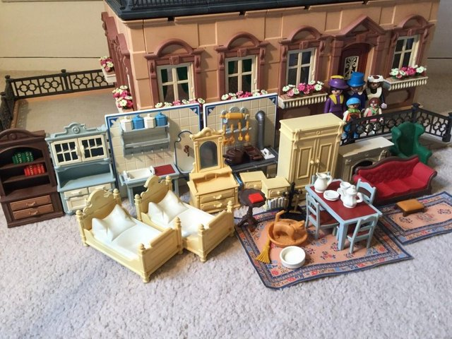 Image 3 of Playmobil Victorian House Fully Furnished & Figures Vintage