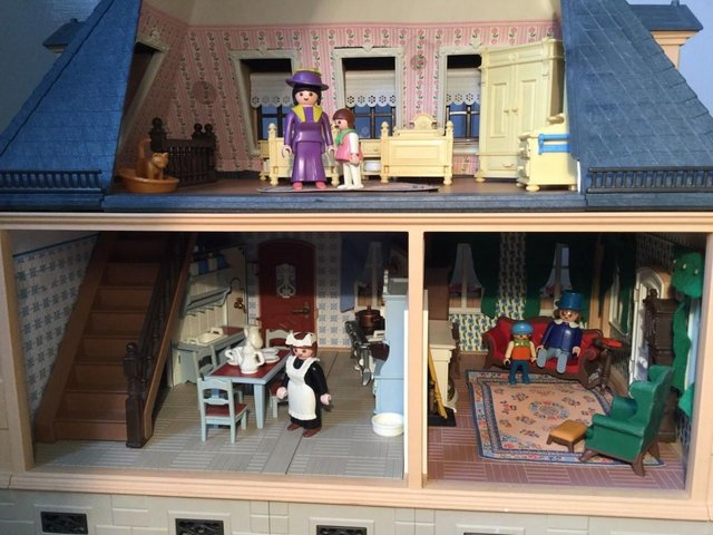 Image 5 of Playmobil Victorian House Fully Furnished & Figures Vintage