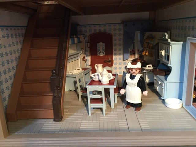 Image 8 of Playmobil Victorian House Fully Furnished & Figures Vintage