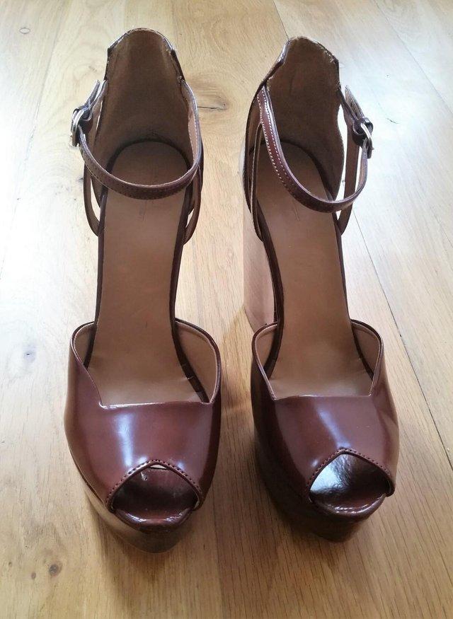 e5a4b21de3f ZARA DESIGNER BOHO Wedges Wooden High Peep Toe Size 41