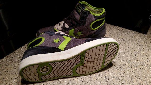 1a0d36a6d5f converse size 6 - Second Hand Women s Footwear