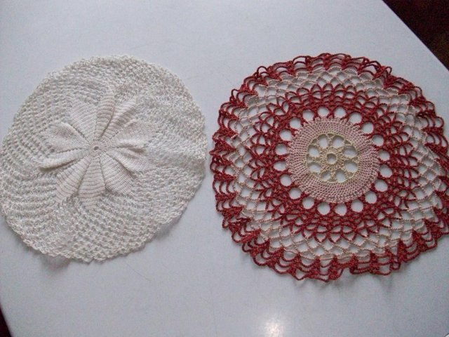 Preview of the first image of LACE DOILIES ONE PINK & RED 1 OFF WHITE VINTAGE 1950s **GC**.