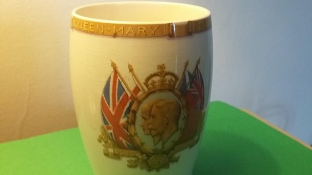 Image 6 of Vintage Silver Jubilee 1935 King George V & Queen Mary Mug