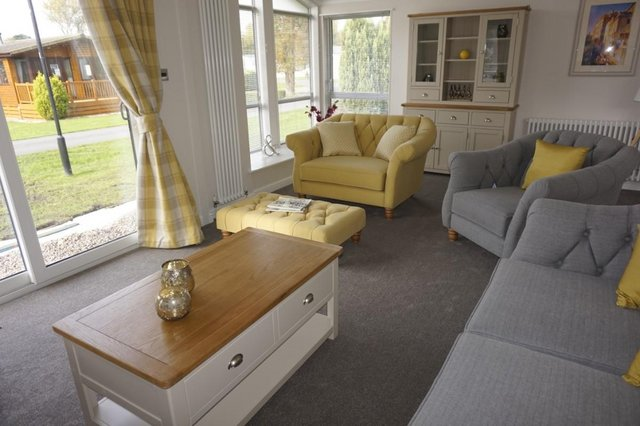 Image 5 of Willerby Mulberry Lodge 42ft x 20ft – 2 Bedroom Lodge Holid