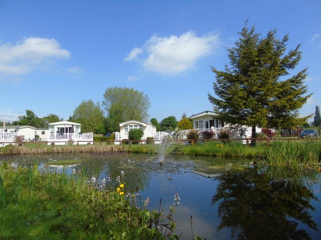 Image 9 of Willerby Mulberry Lodge 42ft x 20ft – 2 Bedroom Lodge Holid