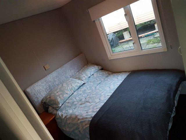 Image 6 of Large 3 bedroomed caravan.