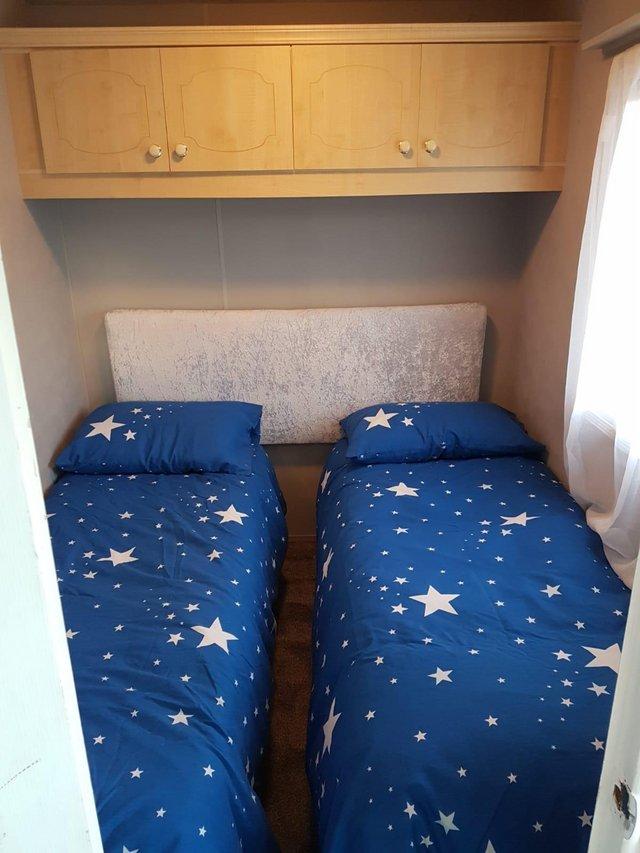 Image 7 of Large 3 bedroomed caravan.