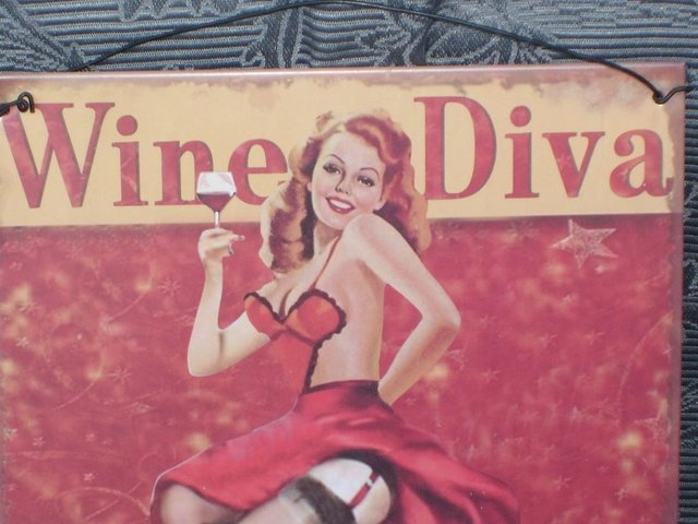 Image 2 of Metal Sign – Wine Diva
