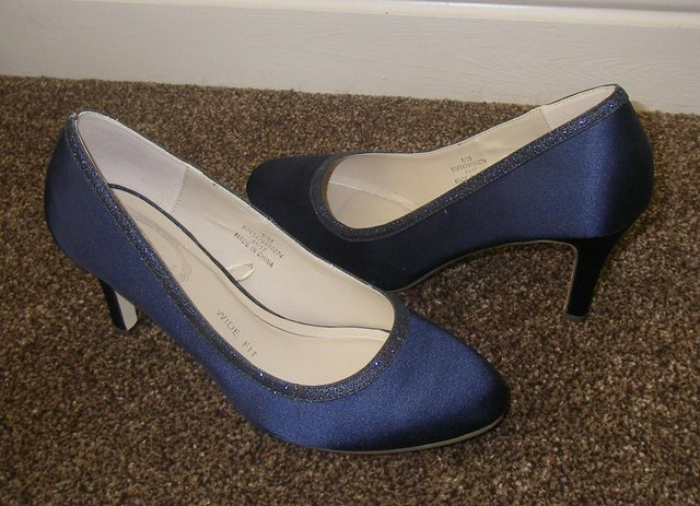 1cdfbb0ef9c6 Ladies wide fit size 5 shoes For Sale in Manchester