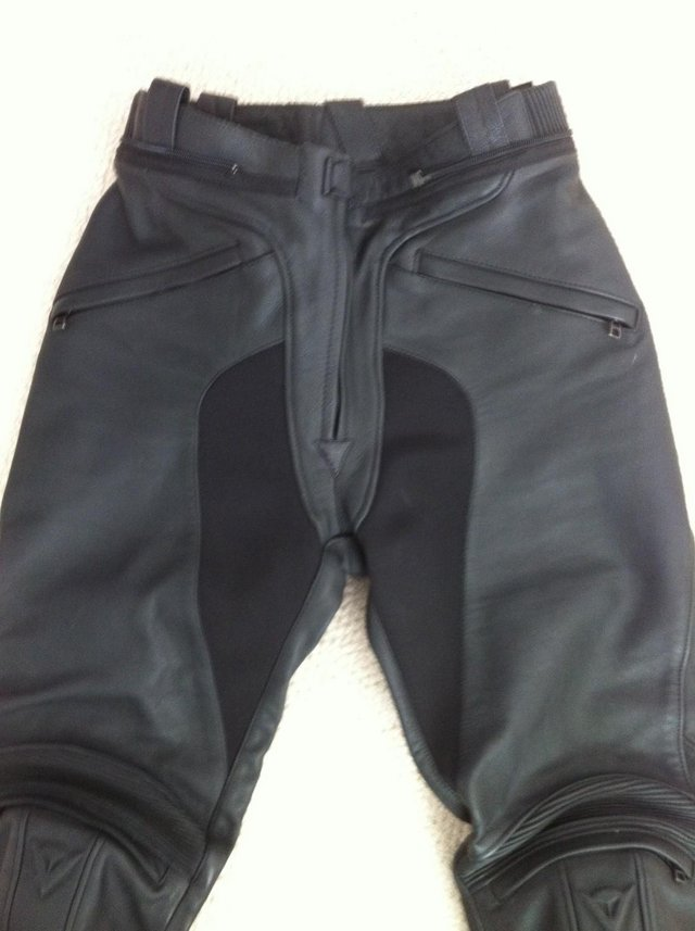 Image 2 of DAINESE LADIES FIREFLY BLACK LEATHER BIKE TROUSERS 44 10