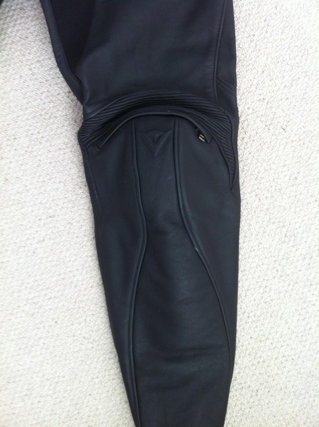 Image 3 of DAINESE LADIES FIREFLY BLACK LEATHER BIKE TROUSERS 44 10