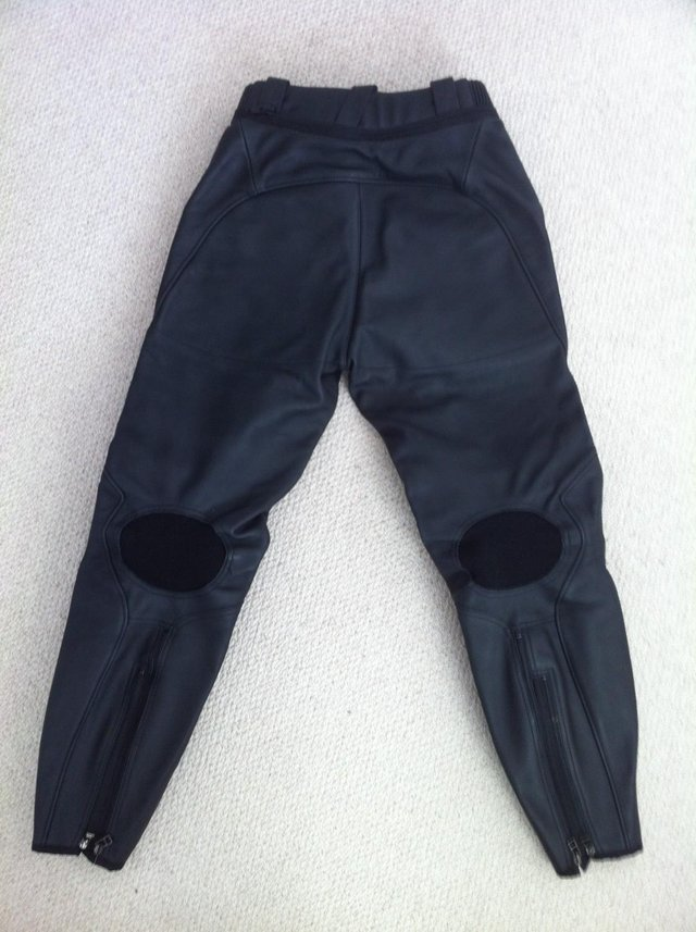 Image 4 of DAINESE LADIES FIREFLY BLACK LEATHER BIKE TROUSERS 44 10