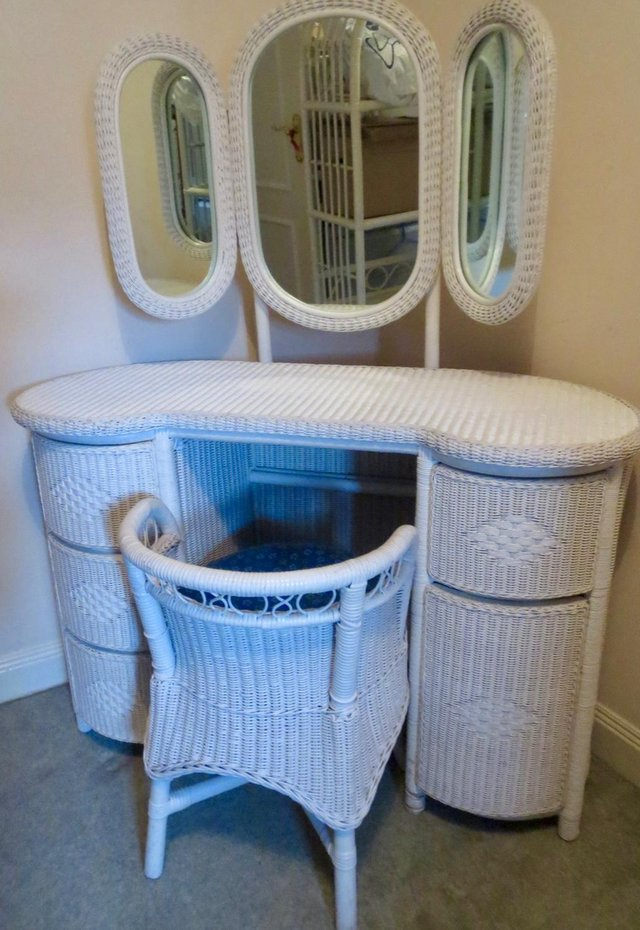 Preview of the first image of WICKER BEDROOM FURNITURE.