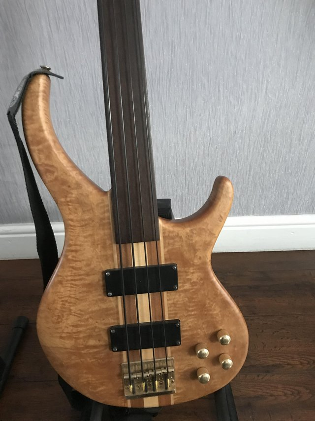 Preview of the first image of Frettless bass guitar.