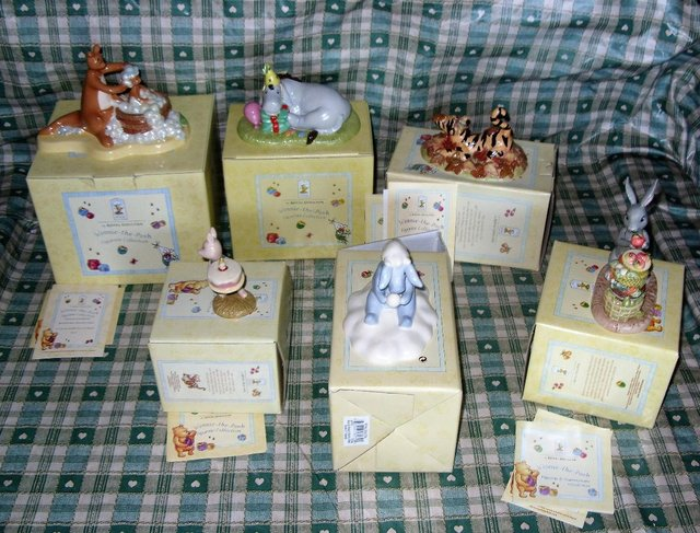 Image 2 of Royal Doulton Winnie the Pooh who's cake? poohs cake  boxed
