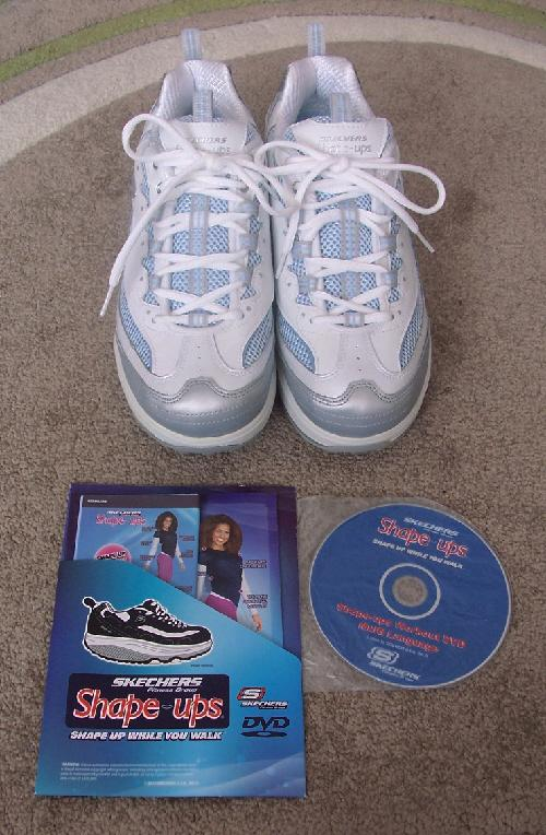 68ce76f9ad Brand new and boxed Ladies Shape ups By Skechers - Size 7