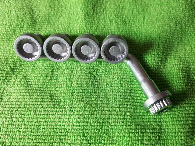 Image 3 of RenaultAlloy Wheel Centre Hub Cap Security Nuts And Key