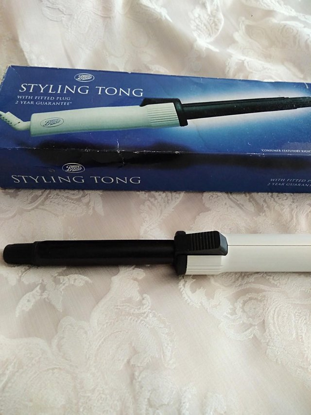 Preview of the first image of Styling Tongs.