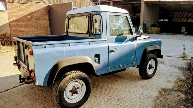 Preview of the first image of Land Rover Defender 90 Pickup Wanted.