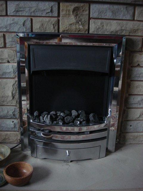 Image 2 of Coal effect electric heater. 2kw