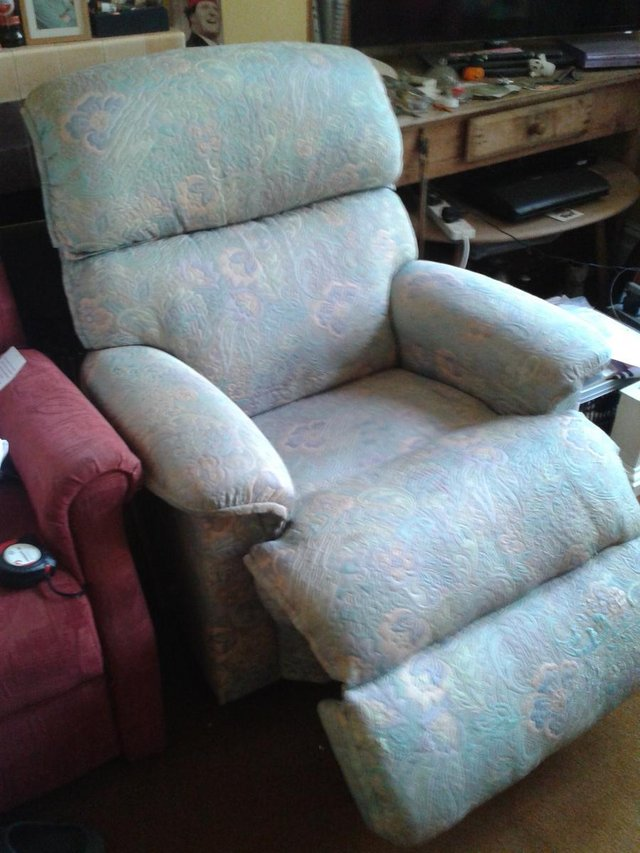 Image 4 of Recliner/Riser Armchairs,