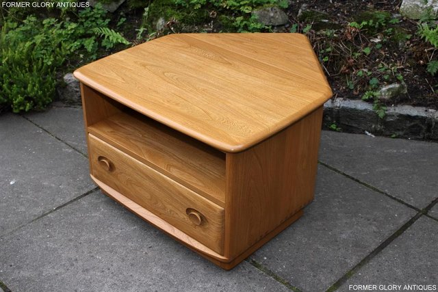 Image 2 of AN ERCOL WINDSOR LIGHT ELM CORNER TV CABINET DVD TABLE STAND