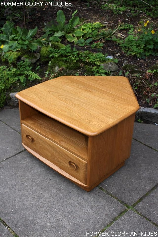 Image 10 of AN ERCOL WINDSOR LIGHT ELM CORNER TV CABINET DVD TABLE STAND