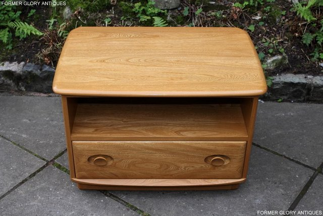 Image 11 of AN ERCOL WINDSOR LIGHT ELM CORNER TV CABINET DVD TABLE STAND