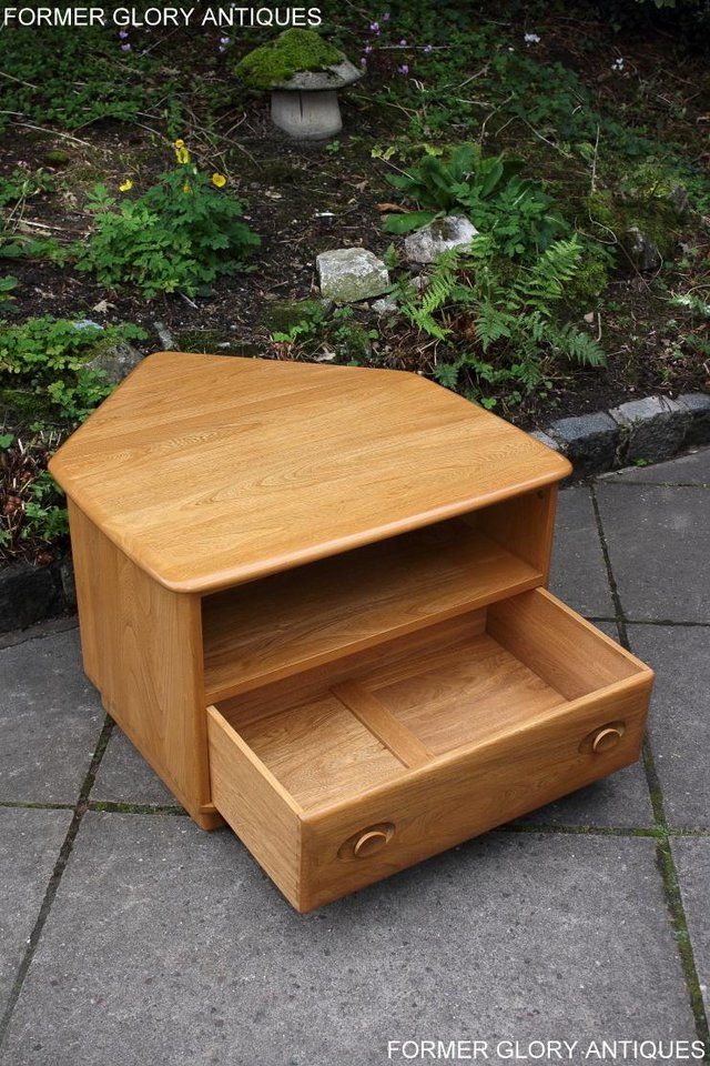 Image 12 of AN ERCOL WINDSOR LIGHT ELM CORNER TV CABINET DVD TABLE STAND