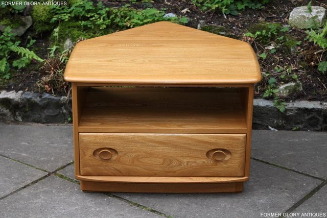Image 16 of AN ERCOL WINDSOR LIGHT ELM CORNER TV CABINET DVD TABLE STAND