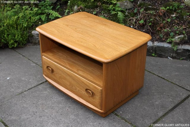 Image 17 of AN ERCOL WINDSOR LIGHT ELM CORNER TV CABINET DVD TABLE STAND