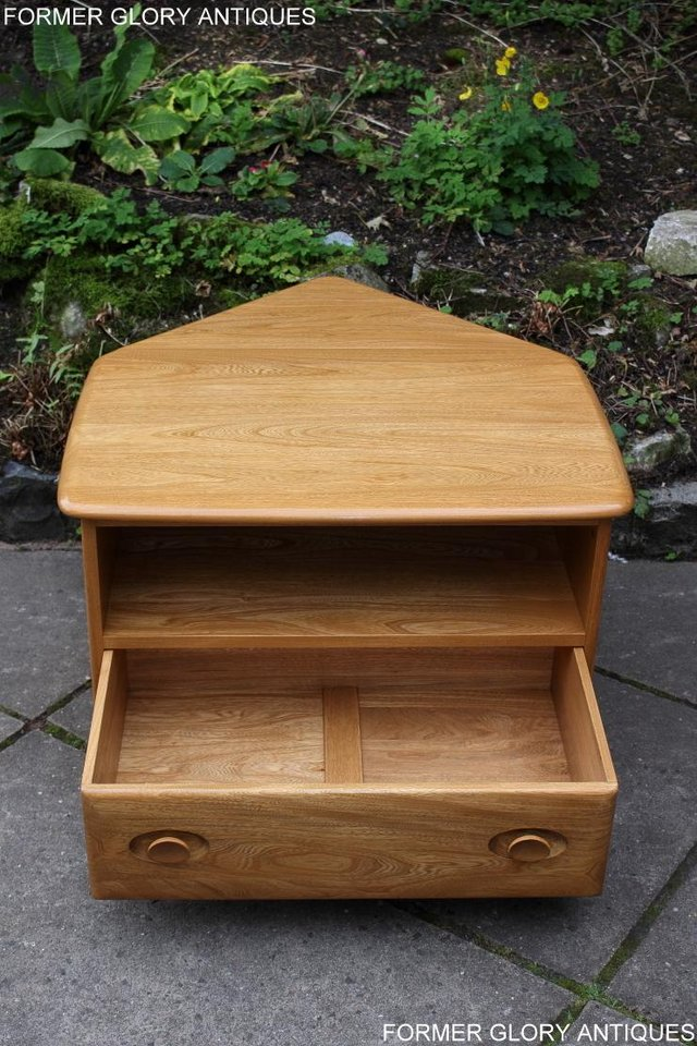Image 23 of AN ERCOL WINDSOR LIGHT ELM CORNER TV CABINET DVD TABLE STAND