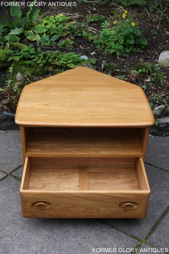 Image 27 of AN ERCOL WINDSOR LIGHT ELM CORNER TV CABINET DVD TABLE STAND