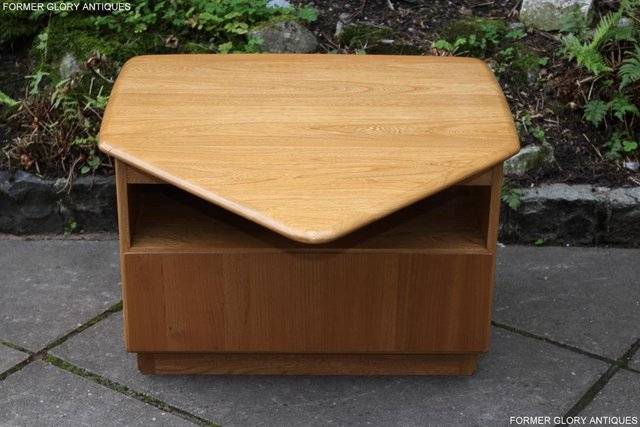 Image 28 of AN ERCOL WINDSOR LIGHT ELM CORNER TV CABINET DVD TABLE STAND