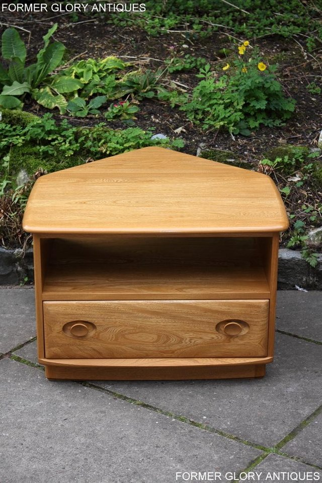 Image 31 of AN ERCOL WINDSOR LIGHT ELM CORNER TV CABINET DVD TABLE STAND