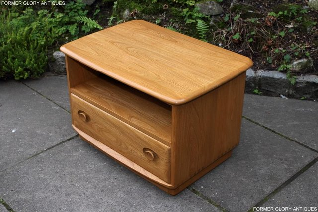 Image 32 of AN ERCOL WINDSOR LIGHT ELM CORNER TV CABINET DVD TABLE STAND