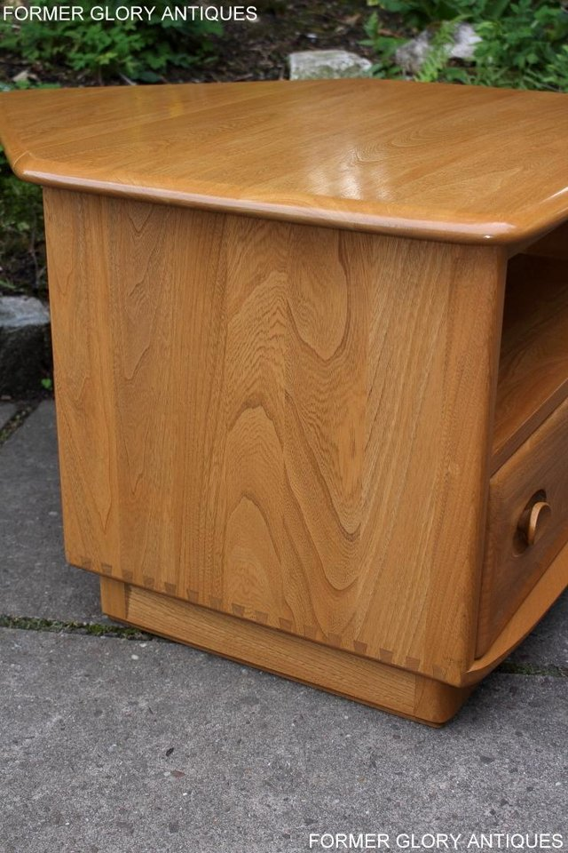 Image 40 of AN ERCOL WINDSOR LIGHT ELM CORNER TV CABINET DVD TABLE STAND
