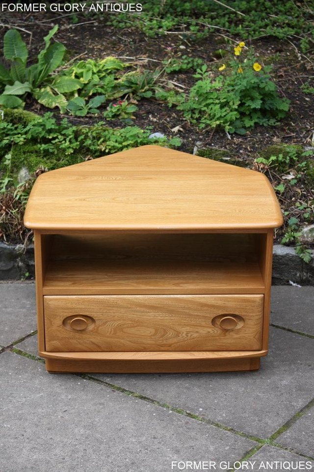 Image 50 of AN ERCOL WINDSOR LIGHT ELM CORNER TV CABINET DVD TABLE STAND