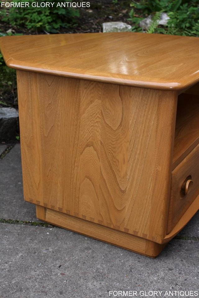Image 60 of AN ERCOL WINDSOR LIGHT ELM CORNER TV CABINET DVD TABLE STAND