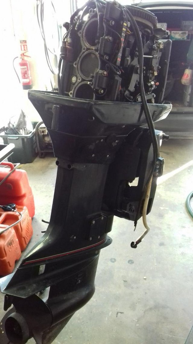 Preview of the first image of 70hp evinrude 2 stroke.