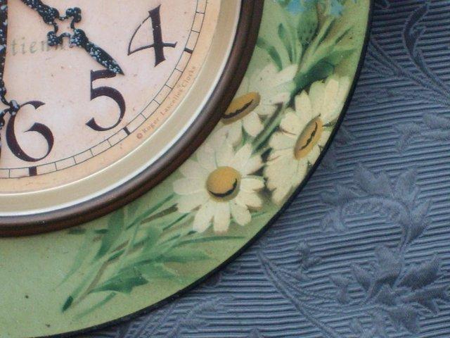 Image 5 of LASCELLES Tin Wall Clock - Daisy Design
